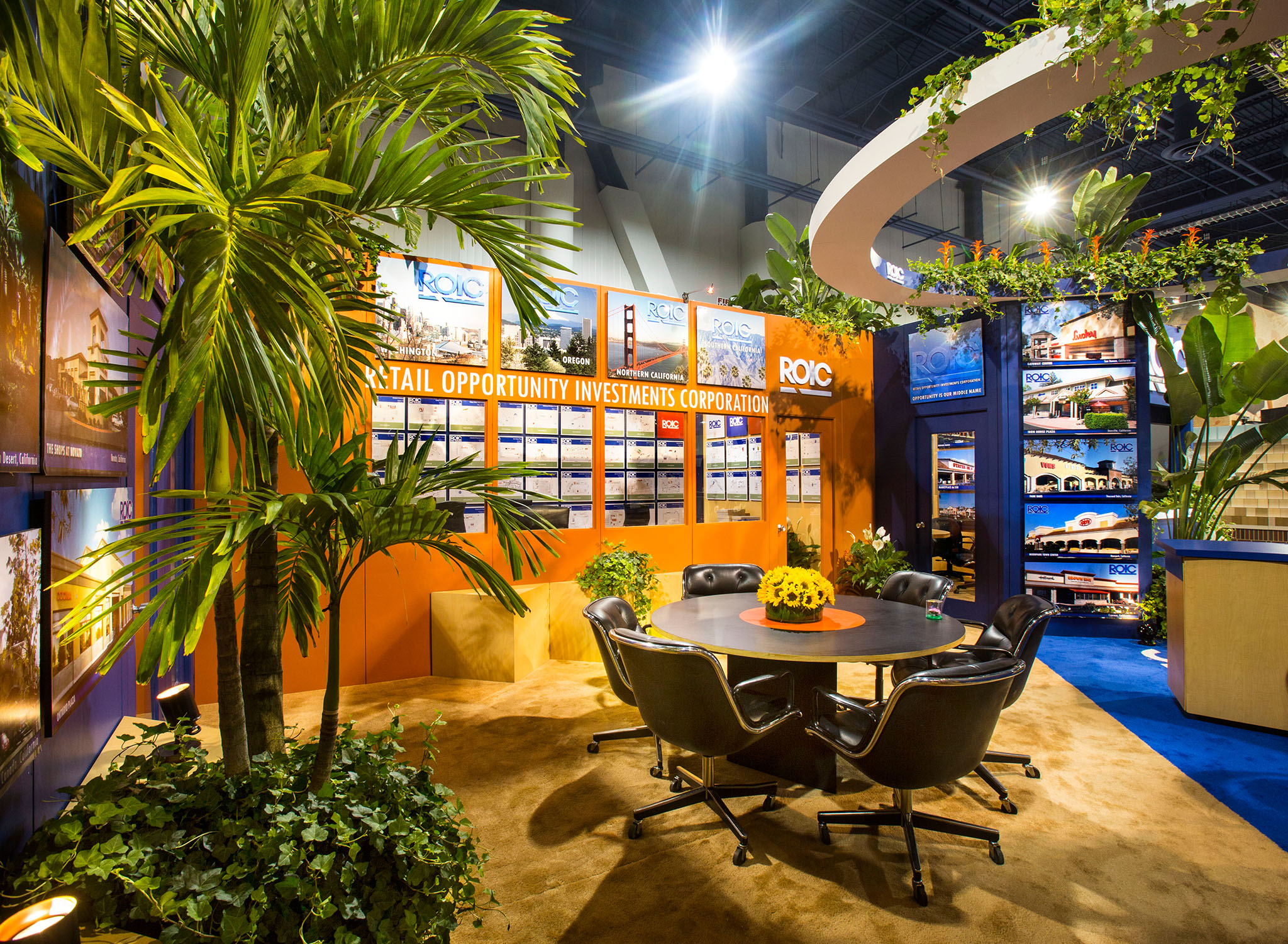 Specialty show services: Booth made inviting and attractive with plants from Expo Ease.